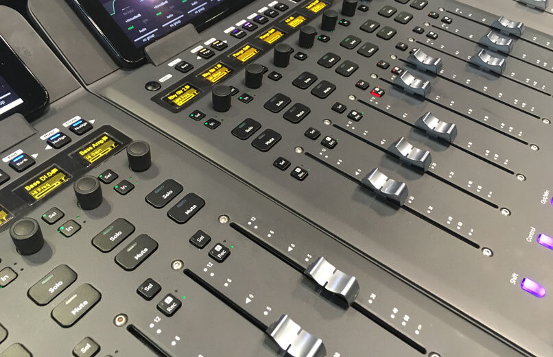 Close up of Avid S1s
